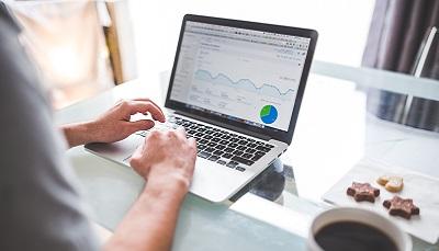 track salesforce adoption rate